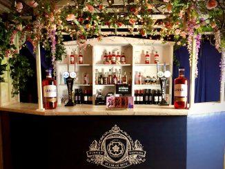 Lanique Rose Bar Vault Festival